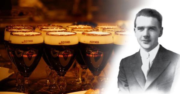 фото автора ирландского кофе с бокалами для ирландского кофе