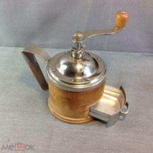 кофемолка металл и дерево