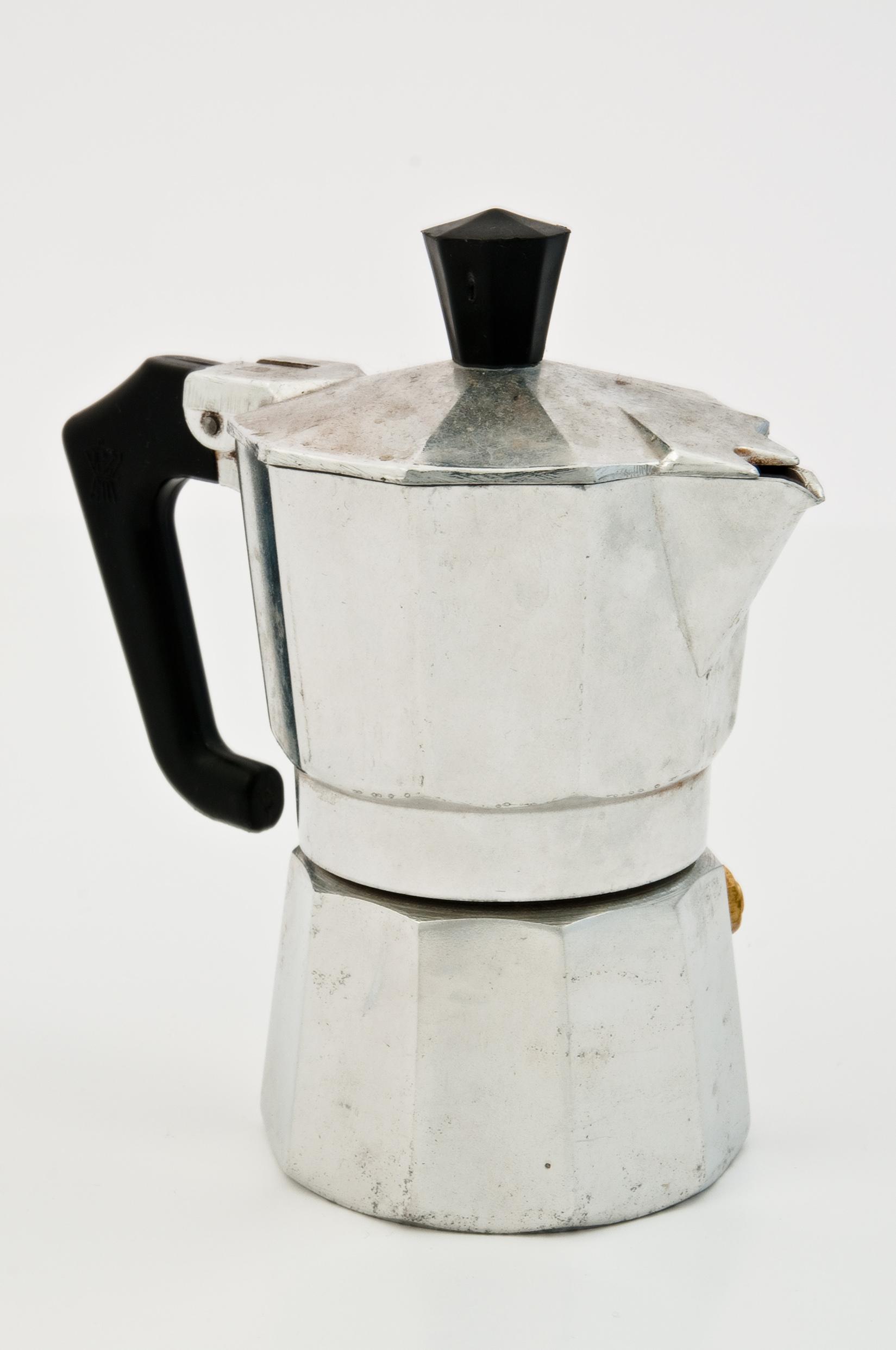 Гейзерная кофеварка 1933 года