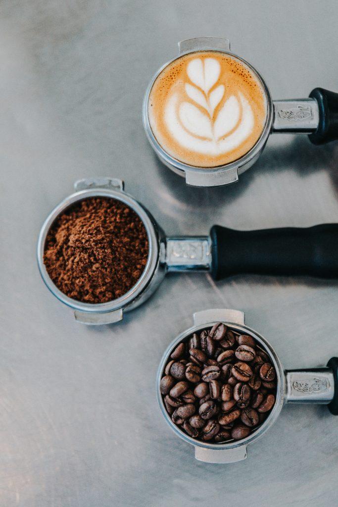 кофе, молотый кофе и зерно